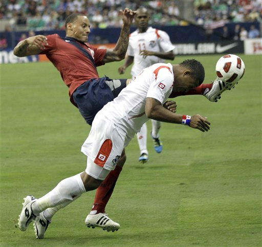 "<div class=""meta ""><span class=""caption-text "">Panama's Roman Torres, right, tries to head the ball as United States' Juan Agudelo reaches to kick it during the second half of a CONCACAF Gold Cup semifinal soccer match Wednesday, June 22, 2011, in Houston. The United States won 1-0.  (AP Photo/ David J. Phillip)</span></div>"