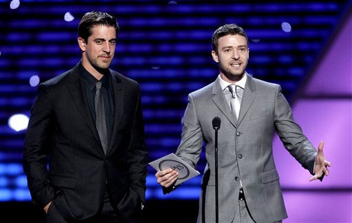 "<div class=""meta image-caption""><div class=""origin-logo origin-image ""><span></span></div><span class=""caption-text"">L to R, Green Bay Packers quarterback Aaron Rodgers and Justin Timberlake present the award for Best Male College Athlete at the ESPY Awards on Wednesday, July 13, 2011, in Los Angeles. (AP Photo/Matt Sayles) (AP Photo/ Matt Sayles)</span></div>"