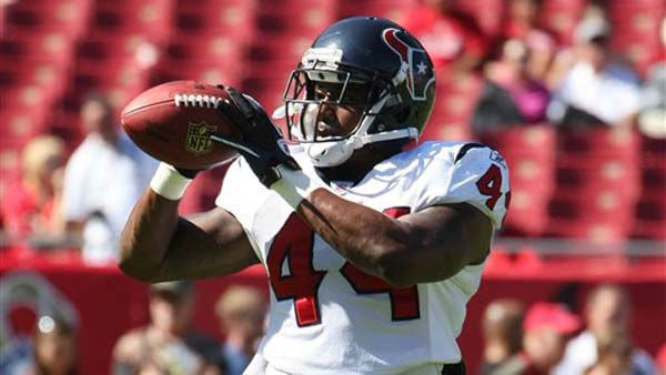 Houston Texans running back Ben Tate &#40;44&#41; warms up prior to a game between the Texans and the Tampa Bay Buccaneers.  The Buccaneers play the Houston Texans in an NFL preseason game Sunday, November 13, 2011 in Tampa, Fla.  &#40;AP Photo&#47;Margaret Bowles&#41; <span class=meta>(AP Photo&#47; Margaret Bowles)</span>