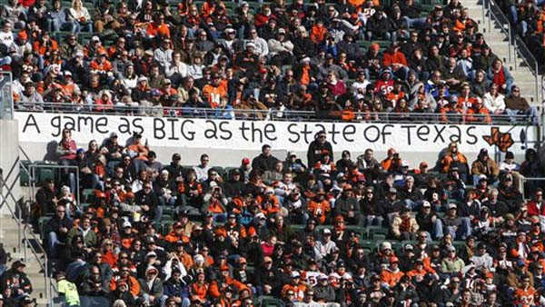 Houston Texans fans display a sign in the first half of an NFL football game against the Cincinnati Bengals, Sunday, Dec. 11, 2011, in Cincinnati. &#40;AP Photo&#47;David Kohl&#41; <span class=meta>(AP Photo&#47; David Kohl)</span>