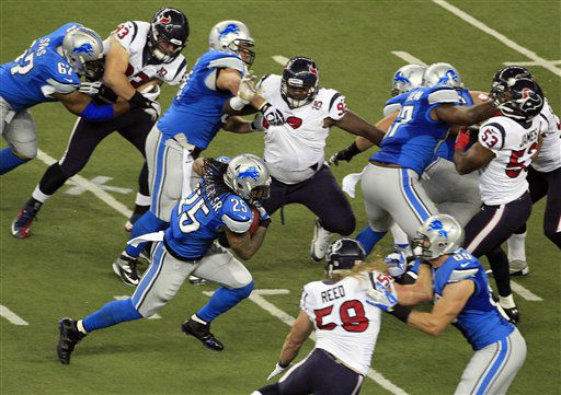 Detroit Lions running back Mikel Leshoure &#40;25&#41; runs during the first quarter of an NFL football game against the Houston Texans at Ford Field in Detroit, Thursday, Nov. 22, 2012. &#40;AP Photo&#47;Carlos Osorio&#41; <span class=meta>(AP Photo&#47; Carlos Osorio)</span>