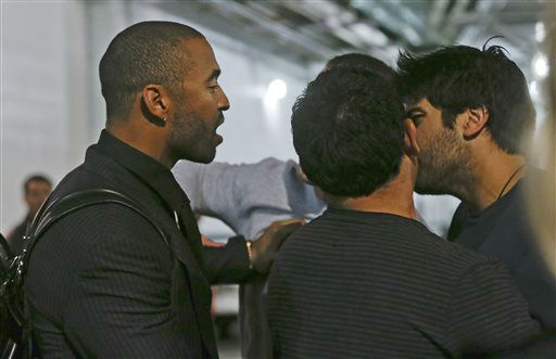 "<div class=""meta image-caption""><div class=""origin-logo origin-image ""><span></span></div><span class=""caption-text"">Los Angeles Dodgers' Matt Kemp, left, confronts San Diego Padres' Carlos Quentin, right, in the tunnel walk way exiting Petco Park following the  baseball game between the Los Angeles Dodgers and San Diego Padres in San Diego, Thursday, April 11, 2013. A brawl between the two teams occurred in the sixth inning of a baseball game between the two teams when Quentin was hit by a pitch from the Dodgers' Zack Greinke.  Greinke broke his left collarbone in the fight.   (AP Photo/ Lenny Ignelzi)</span></div>"