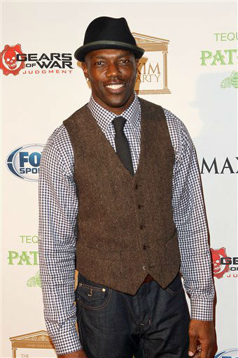 "<div class=""meta ""><span class=""caption-text "">Terrell Owens arrives to The Maxim Party presented by Patron Tequila, on Saturday, Feb. 2, 2013 in New Orleans. (AP photo)</span></div>"