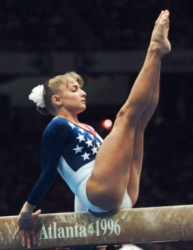 USA&#39;s Shannon Miller, of Edmond, Okla., practices on the balance beam Tuesday, July 16, 1996 in Atlanta&#39;s Georgia Dome. &#40;AP Photo&#47;John Gaps III&#41; <span class=meta>(AP Photo&#47; JOHN GAPS III)</span>