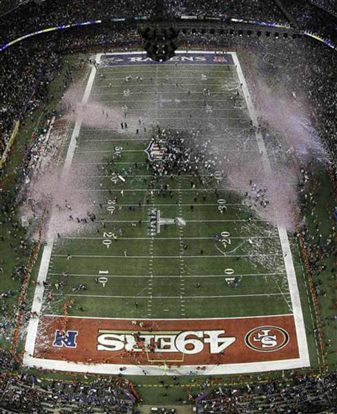 "<div class=""meta ""><span class=""caption-text "">Confetti falls in the Superdome as the Baltimore Ravens celebrate their 34-31 win against the San Francisco 49ers in the NFL Super Bowl XLVII football game, Sunday, Feb. 3, 2013, in New Orleans. (AP Photo/Matt Slocum) (Photo/Matt Slocum)</span></div>"
