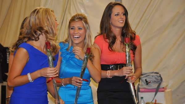 Texans Cheerleaders celebrate their selection for the 2011 team <span class=meta>(KTRK Photo)</span>