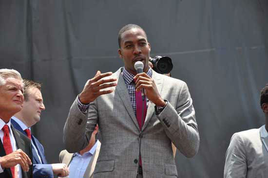 "<div class=""meta ""><span class=""caption-text "">The Houston Rockets hosted a Red Rally downtown where fans braved the heat to welcome Dwight Howard to the team and to the city (KTRK Photo/ Kristy Gillentine)</span></div>"