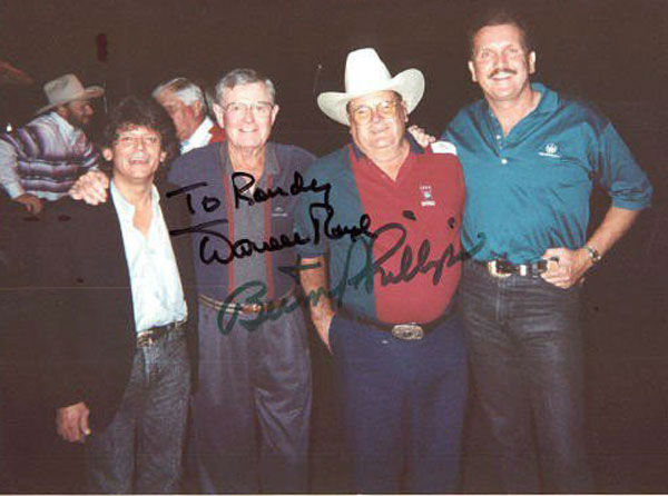 "<div class=""meta image-caption""><div class=""origin-logo origin-image ""><span></span></div><span class=""caption-text"">These are photos our viewers have shared with us of Bum Phillips.  If you have pics to add, email them to us at news@abc13.com (Photo/iWitness Reports)</span></div>"