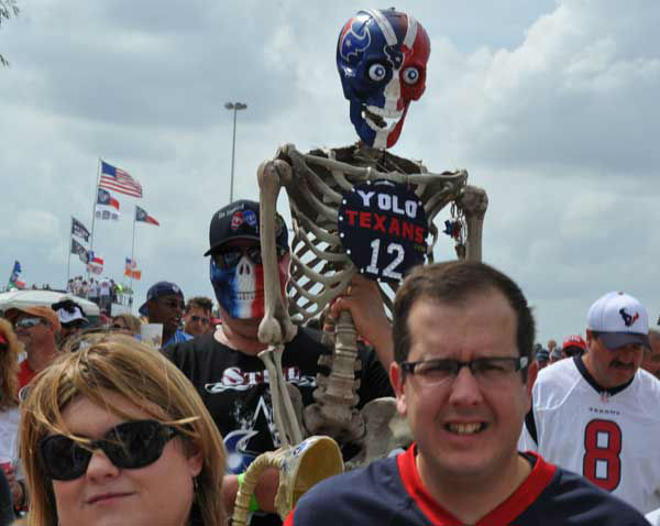 Fans partied inside and outside of Reliant Stadium Sunday, September 15, 2013, for the Texans&#39;  home opener against Tennessee. <span class=meta>(Photo&#47;ABC13)</span>