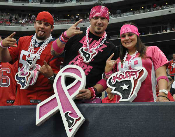 "<div class=""meta ""><span class=""caption-text "">Photos from inside and outside Reliant Stadium for Sunday's matchup between the Houston Texans and St. Louis Rams (Photo/ABC13)</span></div>"