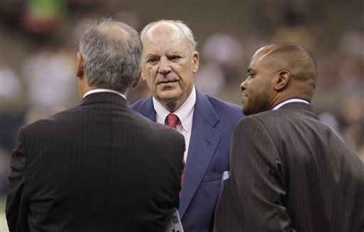 "<div class=""meta ""><span class=""caption-text "">Houston Texans' owner Bill McNair, center, speaks on the sidelines befire the first half of an NFL football game against the New Orleans Saints, Sunday, Sept. 25, 2011, in New Orleans. (AP Photo/Bill Haber) (AP Photo/ Bill Haber)</span></div>"