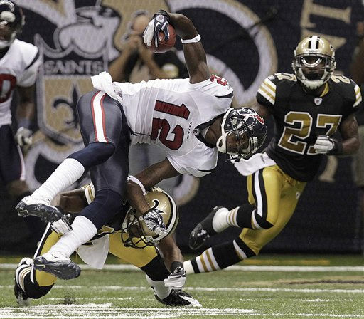 "<div class=""meta ""><span class=""caption-text "">Houston Texans wide receiver Jacoby Jones (12) is hit by New Orleans Saints cornerback Jabari Greer as Saints free safety Malcolm Jenkins (27) looks on during the first half of an NFL football game, Sunday, Sept. 25, 2011, in New Orleans. (AP Photo/Gerald Herbert) (AP Photo/ Gerald Herbert)</span></div>"