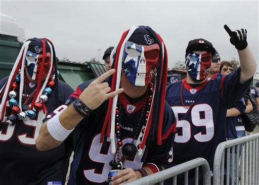 "<div class=""meta ""><span class=""caption-text "">Houston Texans tailgaters show their team spirit before an NFL football game against the Atlanta Falcons Sunday, Dec. 4, 2011, in Houston. (AP Photo/Pat Sullivan) (AP Photo/ Pat Sullivan)</span></div>"