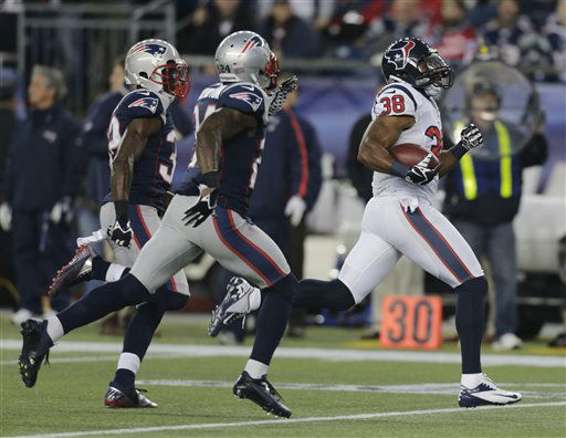 Houston Texans free safety Danieal Manning, right, is chased by New England Patriots free safety Devin McCourty, left, and Kyle Arrington on a 94-yard kickoff return during the first half of an AFC divisional playoff NFL football game in Foxborough, Mass., Sunday, Jan. 13, 2013. &#40;AP Photo&#47;Charles Krupa&#41; <span class=meta>(AP Photo&#47; Charles Krupa)</span>