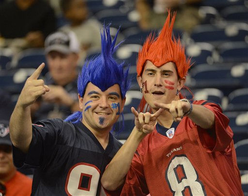 "<div class=""meta ""><span class=""caption-text "">Houston Texans fans before an NFL football game against the San Francisco 49ers, Saturday, Aug. 18, 2012, in Houston.   (AP Photo/ Dave Einsel)</span></div>"