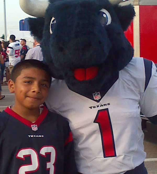 These are viewer photos from Texans training camp.  You can send your photos to us at news@abc13.com <span class=meta>(Photo&#47;iWitness Reports)</span>