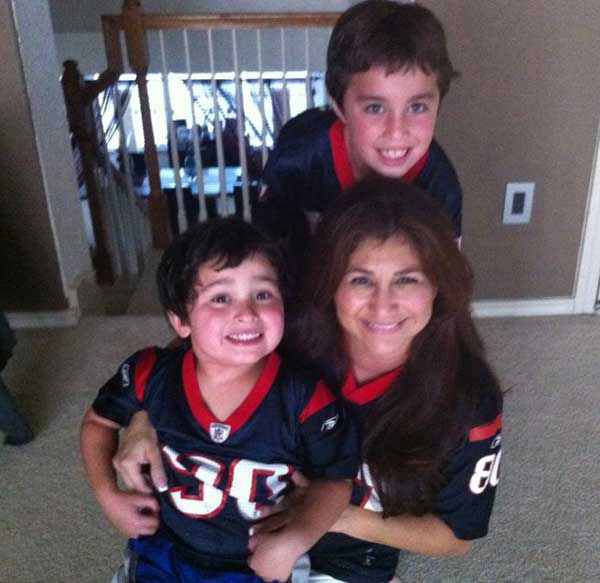 "<div class=""meta ""><span class=""caption-text "">Who's ready for some football? These Texans fans are! They are just some of the photos emailed in to us through our iWitness Reports. Here are more! Send your fan photos to news@abc13.com</span></div>"