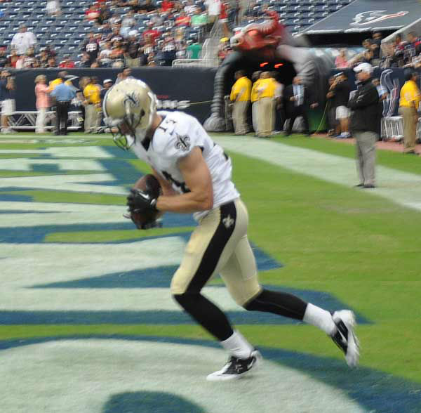 "<div class=""meta image-caption""><div class=""origin-logo origin-image ""><span></span></div><span class=""caption-text"">These are photos from inside and outside Reliant Stadium for the Saints/Texans preseason game on Sunday, August 25, 2013.  Send your fan pics to us at news@abc13.com (Photo/ABC13)</span></div>"