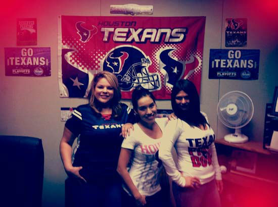Go Texans ;-&#41; <span class=meta>(Photo&#47;iWitness reports)</span>