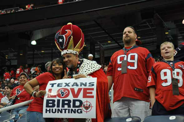 "<div class=""meta image-caption""><div class=""origin-logo origin-image ""><span></span></div><span class=""caption-text"">Check out the signs fans have been bringing to Reliant Stadium this season to cheer on the Texans!  Do you have fan photos?  Email them to us at news@abc13.com (Photo/ABC13)</span></div>"