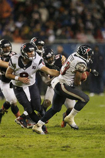 Houston Texans quarterback Matt Schaub &#40;8&#41; hands off to running back Arian Foster &#40;23&#41; in the first half an NFL football game against the Chicago Bears in Chicago, Sunday, Nov. 11, 2012. &#40;AP Photo&#47;Charles Rex Arbogast&#41; <span class=meta>(AP Photo&#47; Charles Rex Arbogast)</span>