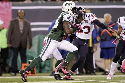 "<div class=""meta ""><span class=""caption-text "">New York Jets running back Joe McKnight (25) runs past Houston Texans Troy Nolan (33) for a touchdown on a kick return during the second half of an NFL football game Monday, Oct. 8, 2012, in East Rutherford, N.J. (AP Photo/Kathy Willens) (AP Photo/ Kathy Willens)</span></div>"