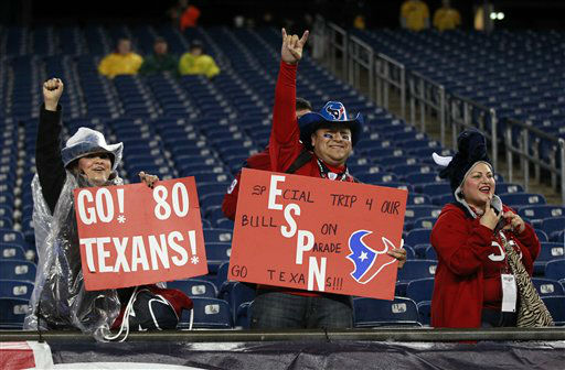 "<div class=""meta ""><span class=""caption-text "">Houston Texans fans cheer for their team before an NFL football game between the Texans and New England Patriots in Foxborough, Mass., Monday, Dec. 10, 2012. (AP Photo/Steven Senne) (AP Photo/ Steven Senne)</span></div>"