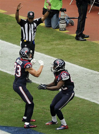 "<div class=""meta ""><span class=""caption-text "">Houston Texans Kevin Walter (83) and Keshawn Martin (82) celebrate a touchdown against the Jacksonville Jaguars during the first quarter of an NFL football game on Sunday, Nov. 18, 2012, in Houston.   (AP Photo/ Pat Sullivan)</span></div>"