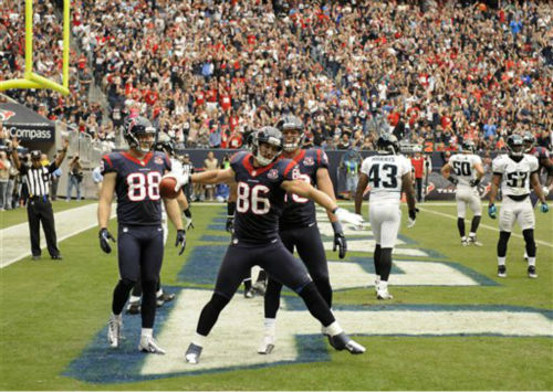 Houston Texans&#39; James Casey &#40;86&#41; celebrates a touchdown with Garrett Graham &#40;88&#41; and Kevin Walter &#40;83&#41; during the second quarter of an NFL football game against the Jacksonville Jaguars Sunday, Nov. 18, 2012, in Houston. &#40;AP Photo&#47;Dave Einsel&#41; <span class=meta>(AP Photo&#47; Dave Einsel)</span>