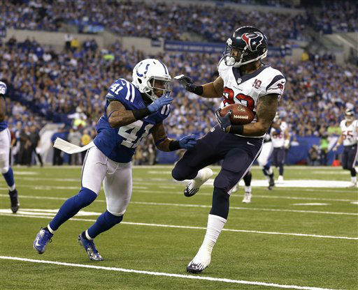 Houston Texans&#39; Arian Foster &#40;23&#41; runs against Indianapolis Colts&#39; Antoine Bethea during the second half of an NFL football game, Sunday, Dec. 30, 2012, in Indianapolis. &#40;AP Photo&#47;Michael Conroy&#41; <span class=meta>(AP Photo&#47; Michael Conroy)</span>