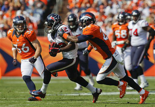 "<div class=""meta ""><span class=""caption-text "">Houston Texans wide receiver Keshawn Martin (82) catches a pass against Denver Broncos cornerback Tracy Porter (22) in the second quarter of an NFL football game Sunday, Sept. 23, 2012, in Denver. (AP Photo/David Zalubowski) (AP Photo/ David Zalubowski)</span></div>"