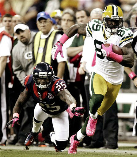 Green Bay Packers wide receiver James Jones &#40;89&#41; breaks away from Houston Texans cornerback Kareem Jackson &#40;25&#41; in the first quarter of an NFL football game, Sunday, Oct. 14, 2012, in Houston. &#40;AP Photo&#47;Patric Schneider&#41; <span class=meta>(AP Photo&#47; Patric Schneider)</span>