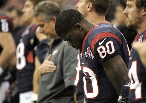 Houston Texans wide receiver Andre Johnson &#40;80&#41; bows his head before an NFL football game against the Indianapolis Colts Sunday, Dec. 16, 2012, in Houston. &#40;AP Photo&#47;Dave Einsel&#41; <span class=meta>(AP Photo&#47; Dave Einsel)</span>