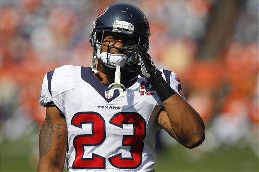 Houston Texans running back Arian Foster &#40;23&#41; warms up before playing the Denver Broncos in an NFL football game Sunday, Sept. 23, 2012, in Denver. &#40;AP Photo&#47;David Zalubowski&#41; <span class=meta>(AP Photo&#47; David Zalubowski)</span>