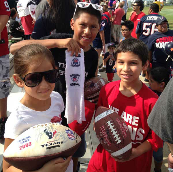 "<div class=""meta image-caption""><div class=""origin-logo origin-image ""><span></span></div><span class=""caption-text"">These are viewer photos from Texans training camp. You can send your photos to us at news@abc13.com (Photo/iWitness reports)</span></div>"