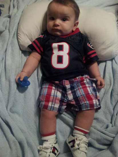 "<div class=""meta ""><span class=""caption-text "">Who's ready for some football?  These Texans fans are!  They are just some of the photos emailed in to us through our iWitness Reports.  Here are more!  Send your fan photos to news@abc13.com. (Photo/iWitness Reports)</span></div>"
