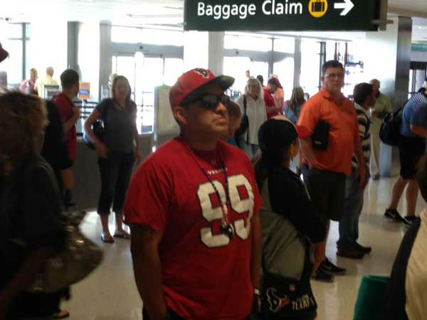"<div class=""meta image-caption""><div class=""origin-logo origin-image ""><span></span></div><span class=""caption-text"">These are photos ABC13 crews took of Texans fans in San Diego getting ready for the Monday night opener against the Chargers. Are you or anyone you know out there for the game? Send photos of Texans fans in San Diego to news@abc13.com and we'll add 'em! GO TEXANS! (KTRK Photo/ Damion Smith)</span></div>"