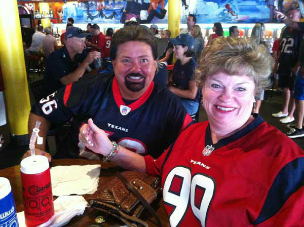 "<div class=""meta ""><span class=""caption-text "">These are photos reporter Samica took of Texans fans in San Diego getting ready for the Monday night opener against the Chargers. Are you or anyone you know out there for the game? Send photos of Texans fans in San Diego to news@abc13.com and we'll add 'em! GO TEXANS!  (KTRK Photo/ Samica Knight)</span></div>"