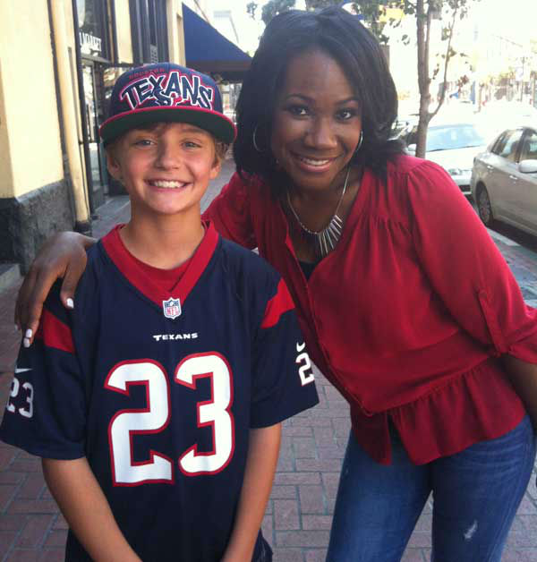 These are photos reporter Samica took of Texans fans in San Diego getting ready for the Monday night opener against the Chargers.  Are you or anyone you know out there for the game?  Send photos of Texans fans in San Diego to news@abc13.com and we&#39;ll add &#39;em!  GO TEXANS! <span class=meta>(Photo&#47;Samica Knight)</span>