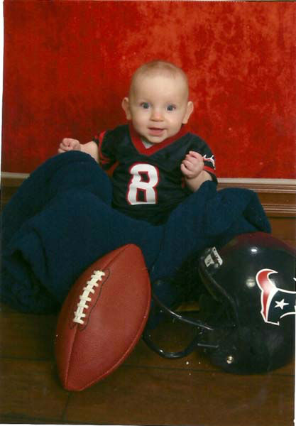 "<div class=""meta image-caption""><div class=""origin-logo origin-image ""><span></span></div><span class=""caption-text"">Who's ready for some football? These Texans fans are! They are just some of the photos emailed in to us through our iWitness Reports. Here are more! Send your fan photos to news@abc13.com  (Photo/iWitness Reports)</span></div>"