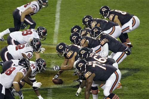 Chicago Bears quarterback Jay Cutler &#40;6&#41; prepares to take a snap in the first half an NFL football game against the Houston Texans in Chicago, Sunday, Nov. 11, 2012. &#40;AP Photo&#47;Kiichiro Sato&#41; <span class=meta>(Photo&#47;Kiichiro Sato)</span>