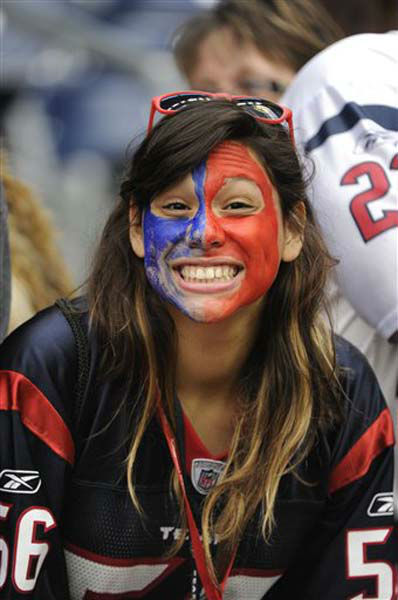 A Houston Texans fan grins before an NFL football game against the Jacksonville Jaguars Sunday, Nov. 18, 2012, in Houston. &#40;AP Photo&#47;Dave Einsel&#41; <span class=meta>(Photo&#47;Dave Einsel)</span>