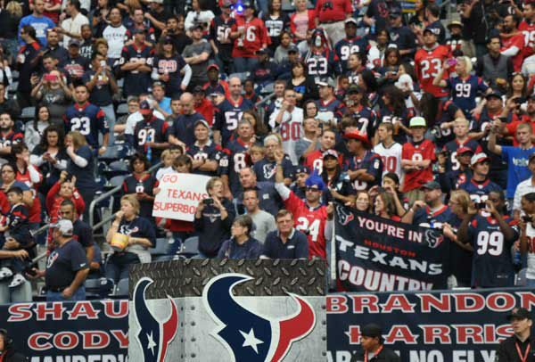 "<div class=""meta ""><span class=""caption-text "">We had our camera inside and outside Reliant Stadium Sunday, November 18, before the Jags-Texans game.  If you have fan photos, email them to us at news@abc13.com (Photo/AB13)</span></div>"