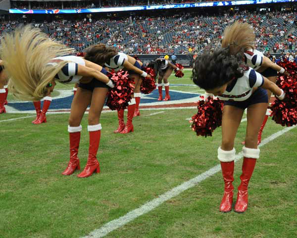 "<div class=""meta ""><span class=""caption-text "">These are photos from inside and outside Reliant Stadium for the Vikings-Texans game on Sunday, December 23, 2012 (Photo/ABC13)</span></div>"