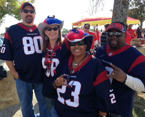 "<div class=""meta ""><span class=""caption-text "">These are photos of Texans fans in Kansas City for Case Keenum's first NFL start as Houston takes on the unbeaten Chiefs (Photo/ABC13)</span></div>"