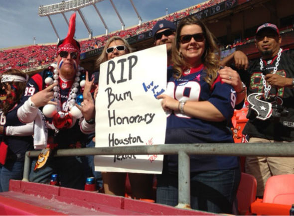 These are photos of Texans fans in Kansas City for Case Keenum&#39;s first NFL start as Houston takes on the unbeaten Chiefs <span class=meta>(Photo&#47;ABC13)</span>