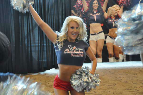 "<div class=""meta ""><span class=""caption-text "">Images from the 2012 Houston Texans Draft Party on Thursday at Reliant Stadium (KTRK Photo)</span></div>"