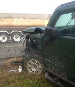 "<div class=""meta ""><span class=""caption-text "">A Hummer driven by 5-year-old Damien Ortiz's mother that was hit from behind and on the side by an 18-wheeler (KTRK Photo)</span></div>"