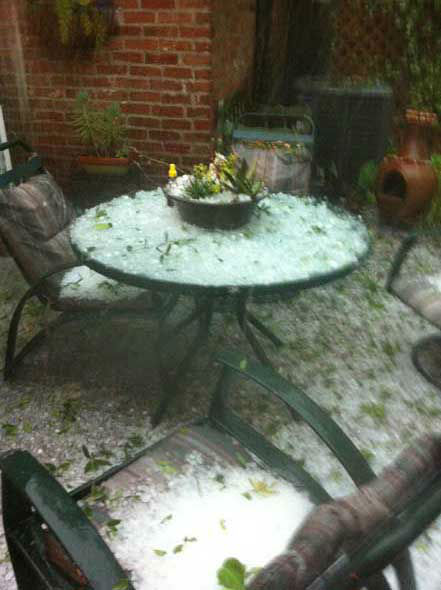 Hail, flooding and lots of lightning were reported all over the Houston area as a weather system moved across southeast Texas Saturday. <span class=meta>(KTRK Photo)</span>
