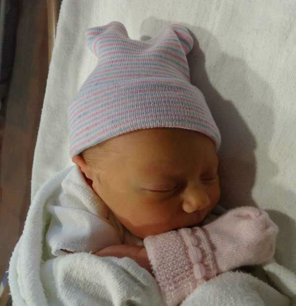 ABC13 Meteorologist Casey Curry and husband Carl Hahn welcomed Windsor &#34;Winnie&#34; Curry Hahn &#40;6 pounds, 11 ounces&#41; on January 30, 2014. Mom and baby are doing well! <span class=meta>(KTRK Photo&#47; Courtesy photo)</span>